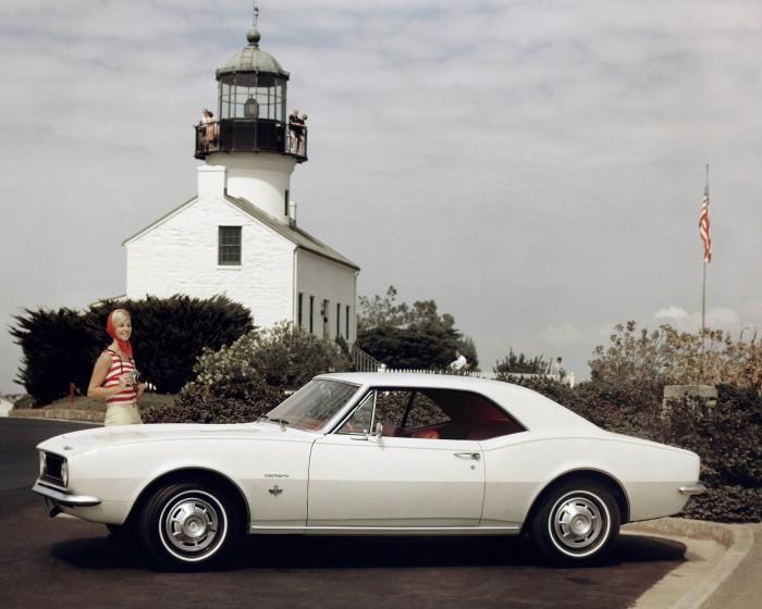 1967-chevrolet-camaro-sport-coupe-700x560